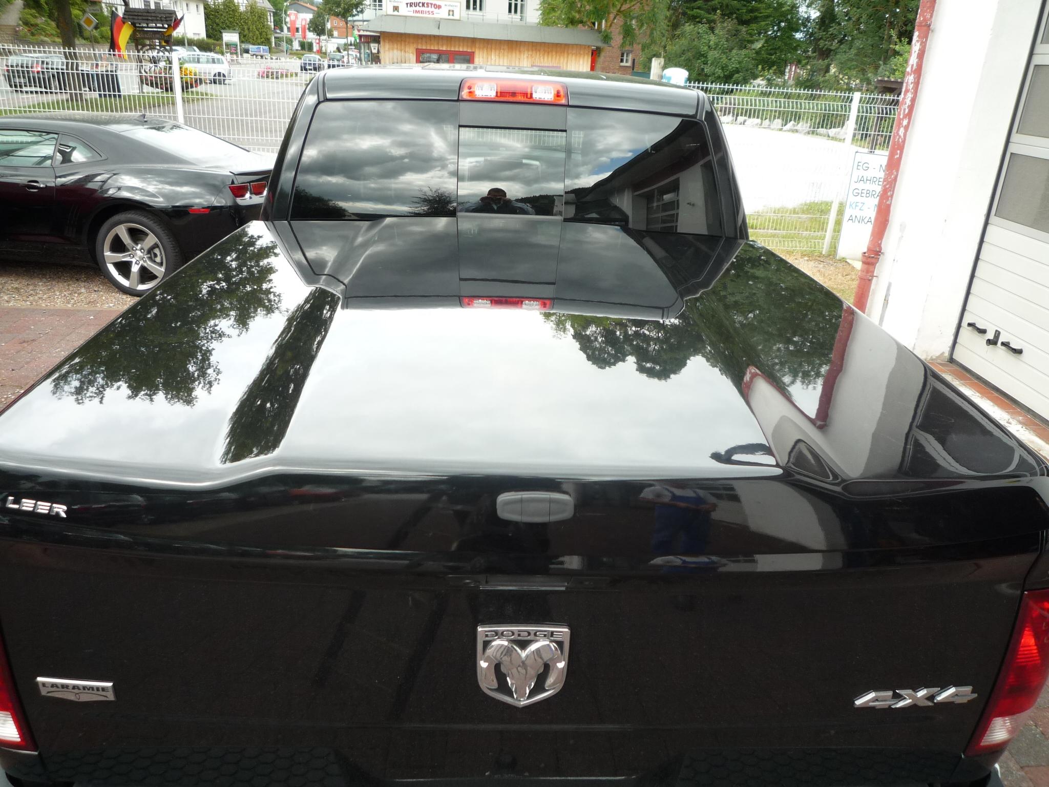 Leer 700 Laderaumabdeckung Tonneau Cover Dodge Ram 1500 Crew Cab 09 18 Schwarz